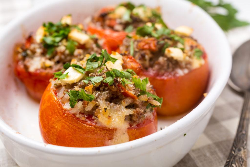 Tomates rellenos de carne picada - Recetas Agroponiente
