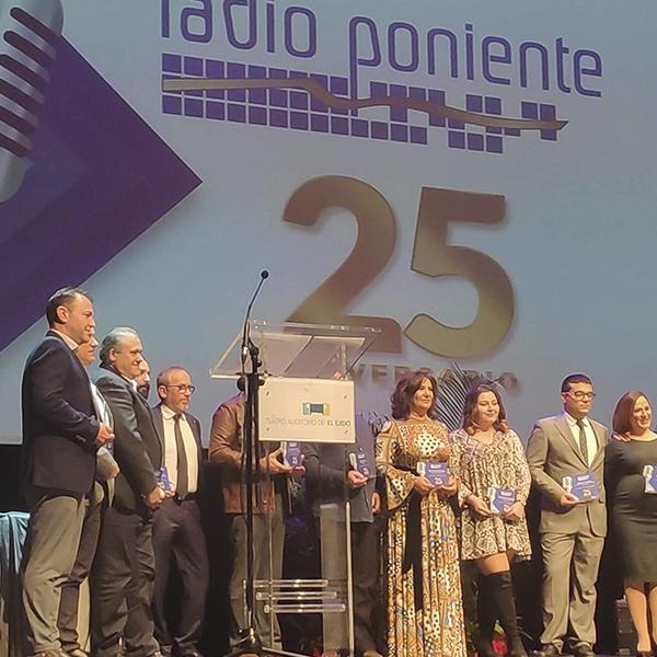 Grupo Agroponiente, galardonado en la Gala 25 Aniversario de Radio Poniente