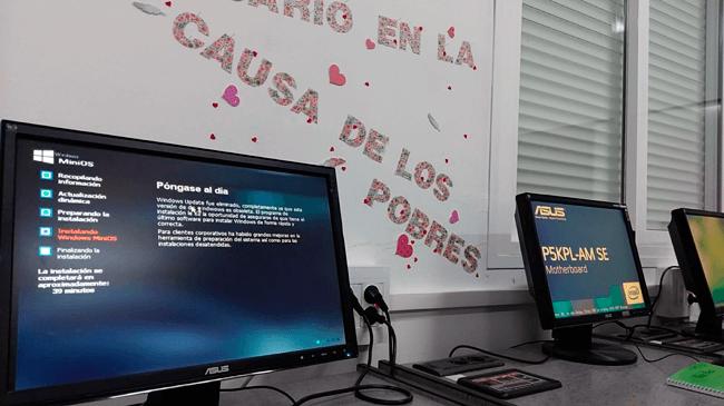 Donamos ordenadores para un proyecto de aprendizaje a través del AMPA La Salle